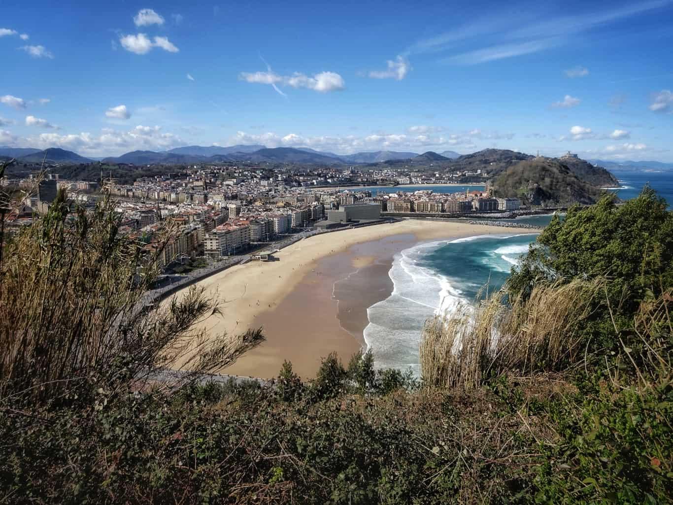 Blick auf Donostia-San Sebastian